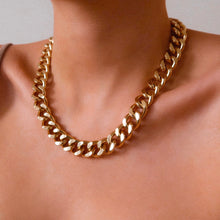 Load image into Gallery viewer, Aliya Gold Chunky Necklace