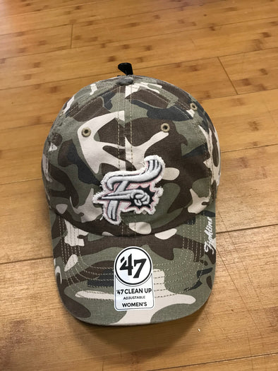 '47 Women's Camo F-Fist Clean Up