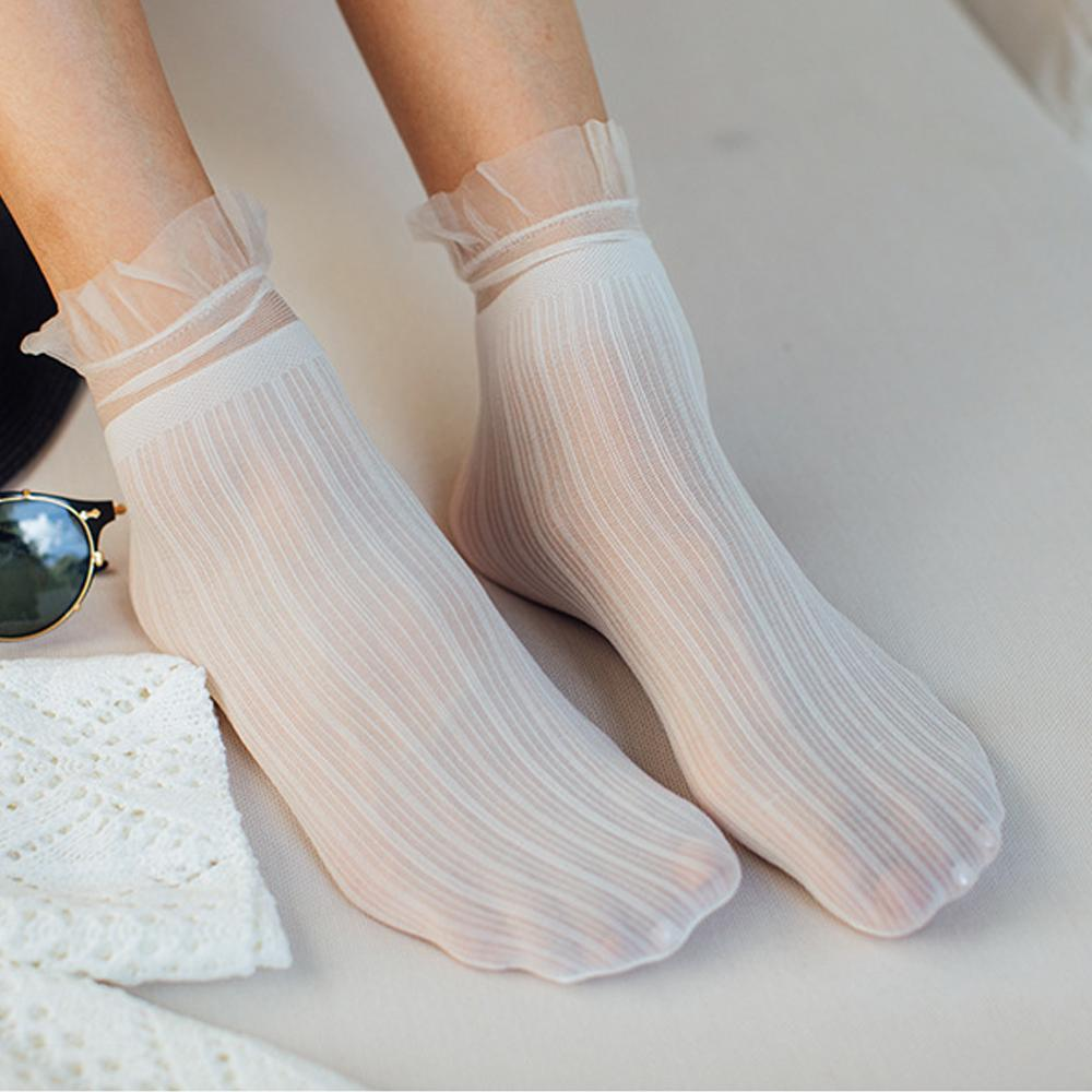 Breathable Velvet Lace Ruffle Short Socks