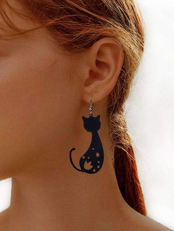 Hollow Cat Shape Hook Dangle Earrings