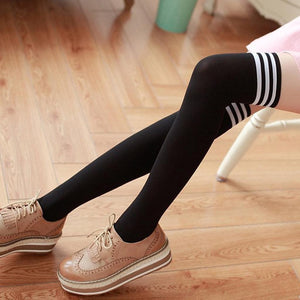 Fashion Striped Knee High Socks Over The Knee