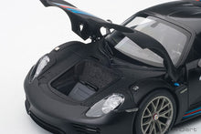 Load image into Gallery viewer, PORSCHE 918 SPYDER WEISSACH PACKAGE (BLACK/MARTINI LIVERY)