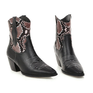 Fashion Embroidered Embroidery Stitched Pointed Boots