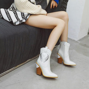 Fashion Patchwork Pointed Toe Chunky Boots