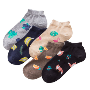 A set of 5 pairs of wild cotton casual socks