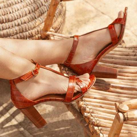 Summer Fashion High Heel Thick Open Toe Buckle Sandals