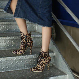 Women's Fashion Solid Color Leopard-Printed Pointed Suede High Heels