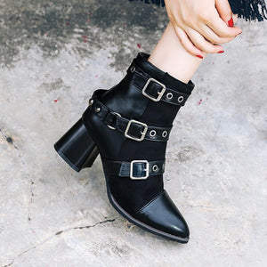Classic belt buckle pointed toes martin boots