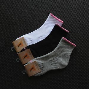 Casual antiskid breathable thick sport mid socks