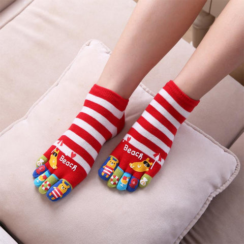 Cute solid color striped five-finger socks