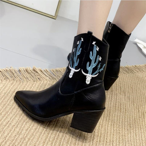 Fashion casual pointed embroidery thick heel women's boots