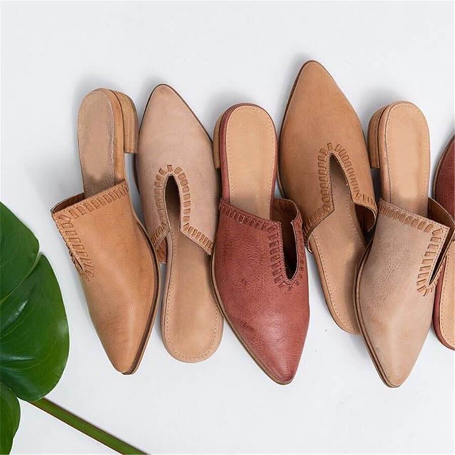 Fashion   Versatile Woven Pointed Flat Shoes
