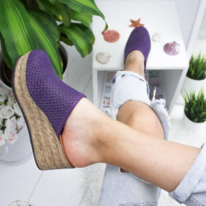 Daily Life Round Head Hollow Thick Soled Sandal