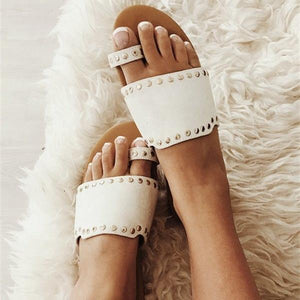 Fashionable Faux Leather Beach Slippers