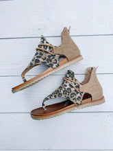 Load image into Gallery viewer, Sparta Sandal - LEOPARD