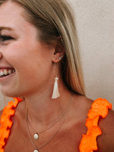 Load image into Gallery viewer, Ivory Tassel Earring