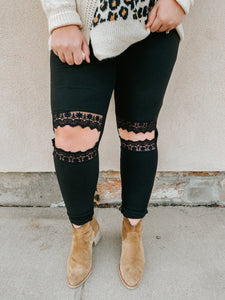 Girl Boss Busted Knee Legging