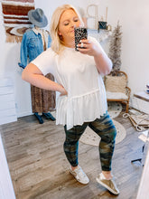 Load image into Gallery viewer, Camo Pocket Legging