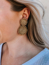 Load image into Gallery viewer, Stardust Gold Beaded Earring