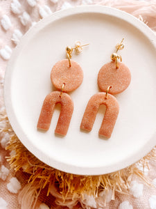 Mila Arch Earrings