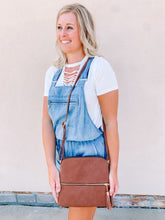 Load image into Gallery viewer, Dayanna Crossbody - BROWN
