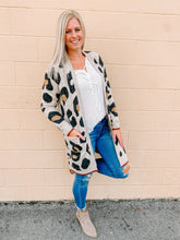 Load image into Gallery viewer, La Leopard Cardigan