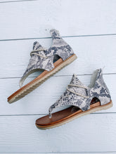 Load image into Gallery viewer, Sparta Sandal - SNAKESKIN