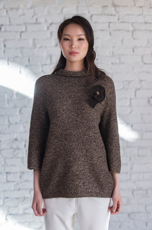 Sweater with Knitted  Flower Decoration