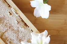 Load image into Gallery viewer, Honeycomb - Hawaiian Honey AT&S