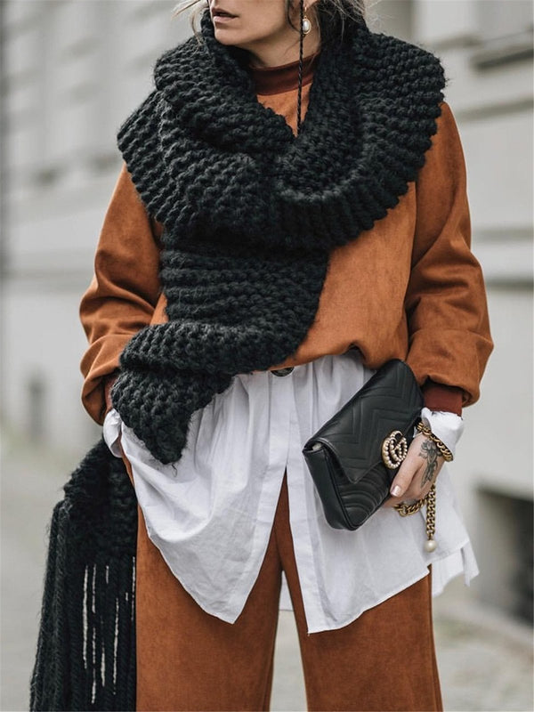 Knitted tassels to increase wool scarf