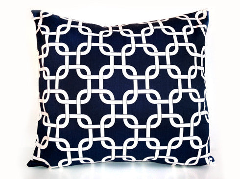 Chain Link Navy Pillow 18x18