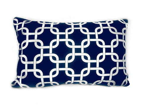 Small Chain Link Navy 12x16