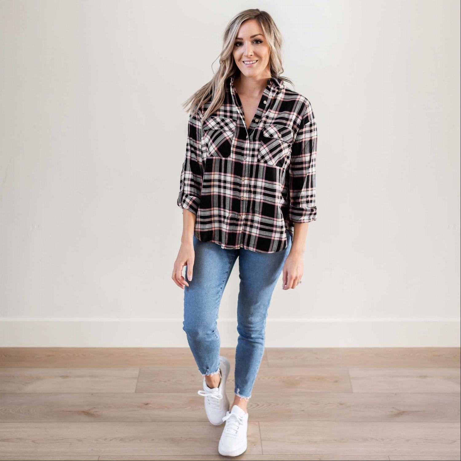 Black Double Flap Pocket Button-up Plaid Shirt With Roll-up Long Sleeves