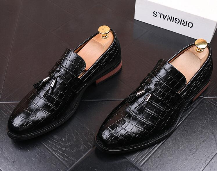 High quality Men crocodile grain tassel Leather Shoes Oxfords Male Homecoming Dress Wedding Prom shoes