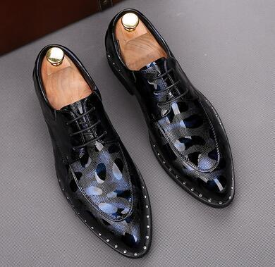 Mens Dress leather Shoes Formal pointed printing rivet Shoe man Luxury Fashion Groom Wedding Shoes