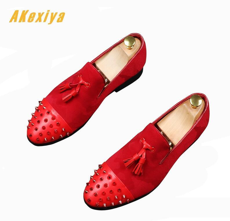 Newest Men's Designer fashion Rivet tassel Oxfords Slip-on shoes
