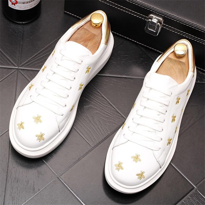 Newest White Embroidery bees Casual lace-up shoes for men