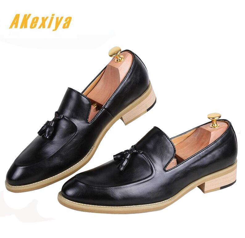 Newest arrival Men pointed tassels Oxfords Casual Shoes
