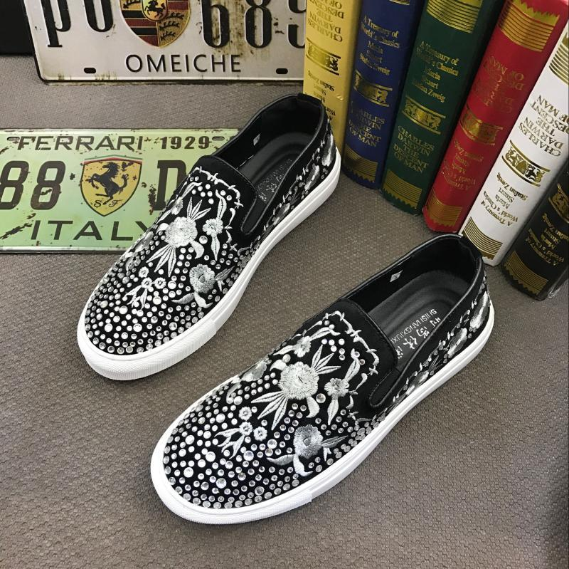 royal designer streets Men embroidery rhinestone  Casual Flats Shoes
