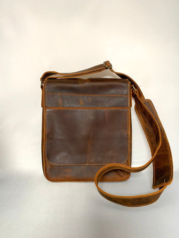 Men's leather satchel in Honey Brown