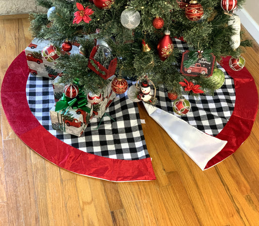 "Christmas Tree Skirt Buffalo Plaid - Large 48"" Diameter"