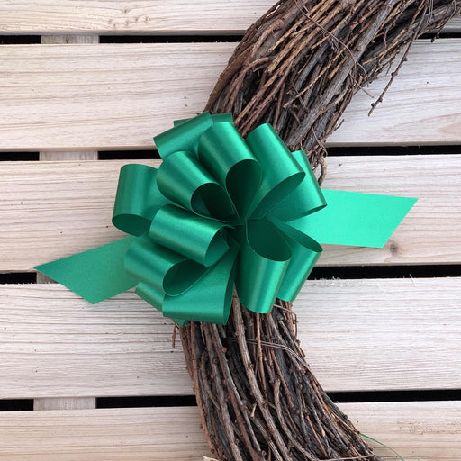 green-gift-wrapping-pull-bows