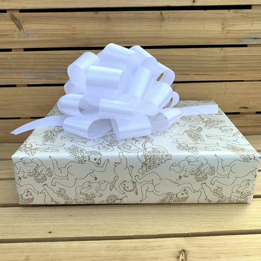 white-gift-wrapping-pull-bows
