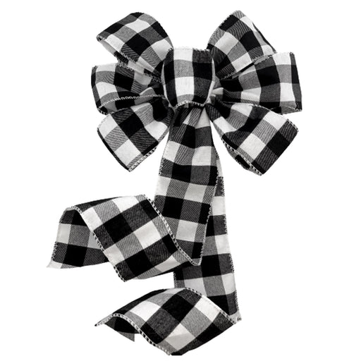 black-white-buffalo-plaid-christmas-gift-wrapping
