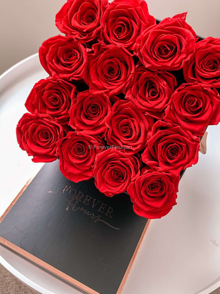 Forever Rose Box - Medium
