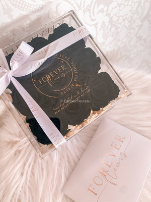 Luxe Acrylic Rose Box (FREE GIFT BOX!)