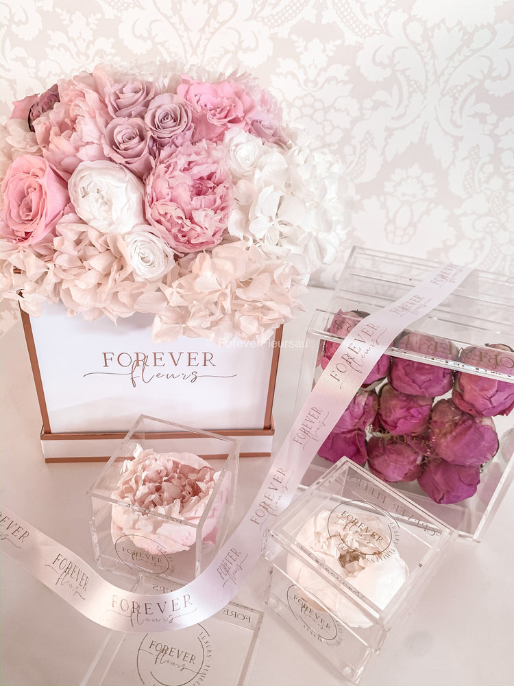 PRE-ORDER - Luxe Acrylic Peony Box (FREE GIFT BOX!) - Forever Fleurs