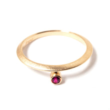 Load image into Gallery viewer, Gold Ruby Ring