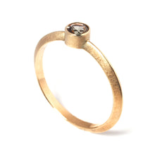 Load image into Gallery viewer, Andalusite Gold Ring
