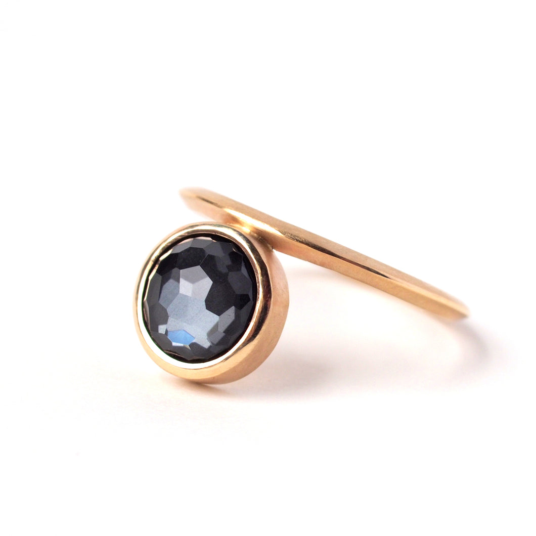 Quartz and Hematite Gold Ring